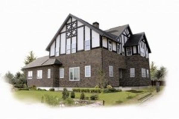 美しいチューダーの家のサムネイル